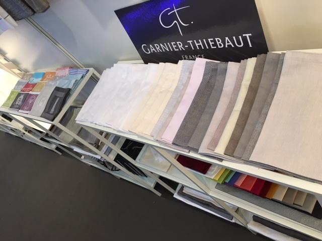 ガルニエ・ティエボー(Garnier Thiebaut)FHA(シンガポール展示会)201604テーブルクロス見本