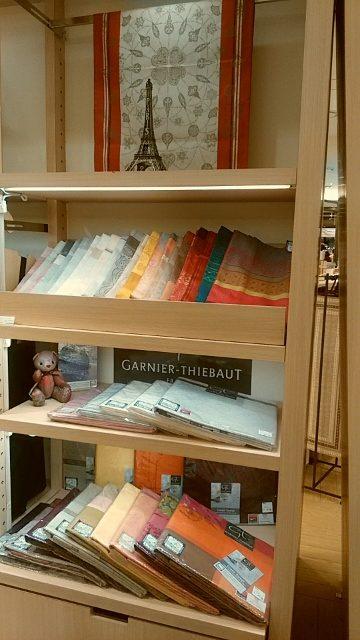 ガルニエ・ティエボー(Garnier Thiebaut)うめだ阪急201611クリスマステーブルクロス-1